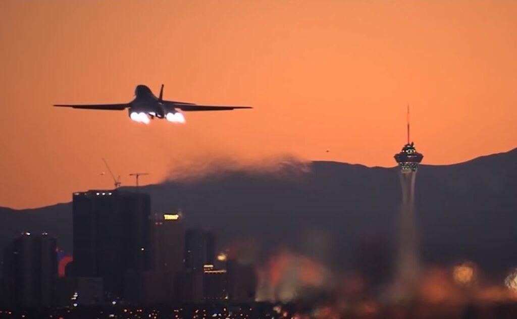 Bomber b1b take off before dark